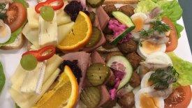 Café Omtanke smörgåstårta