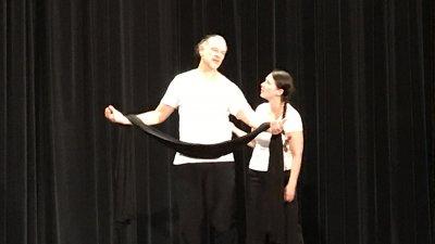 Teaterpjäs om tvångsgifte visades för niorna i Hörby
